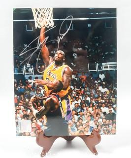 8 x 10 Autographed Photo of Shaquille O'Neal