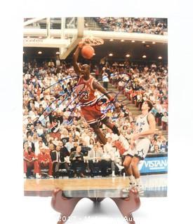 8 x 10 Autographed Photo of Michael Jordan