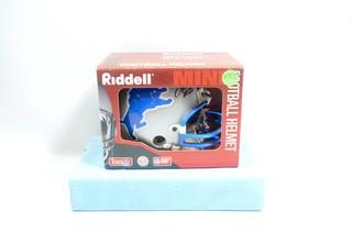 Unused Lil' Riddell Detroit Lions Mini Helmet Signed by Barry Sanders