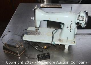 Vintage DeLuxe Sewing Machine with Foot Pedal