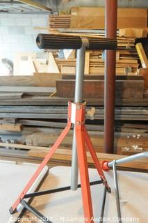 Adjustable Work Support and Extension Ladder Top Support