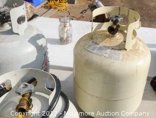 4 Propane Tanks with Gas Cooker and Hoses