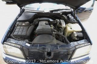 1994 Mercedes C 220 4dr Sedan