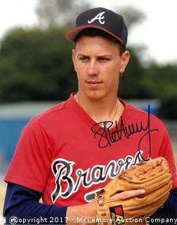 Steve Avery Signed Atlanta Braves 8x10 Photo