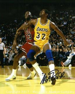 Magic Johnson Signed Los Angeles Lakers 8x10 Photo