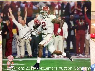 """Derrick Henry Autographed 16"""" x 20"""" Photo with Steiner Sports Hologram COA"""
