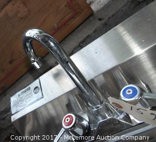 Krowne Commercial Sink Display