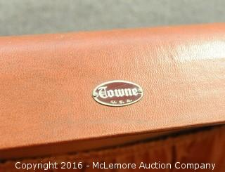 Vintage Towne Luggage Case with Keys