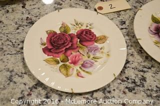 Decorative Dishware with Flower Theme