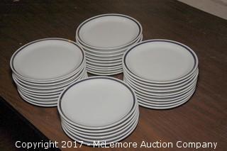 """Crate of 7.5"""" Ringed Ceramic Plates"""