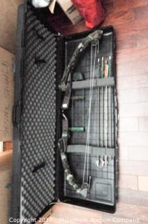 Bear Blacktail Hunter Compound Bow with Case and Arrows