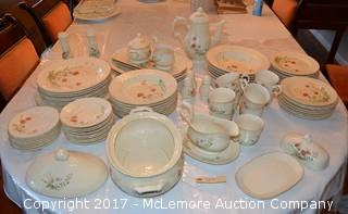 "80 Piece Dining Set / Mikasa ""Fine Ivory"" by Marguax"