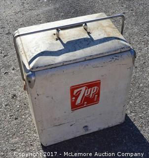 Vintage Metal Ice Chest with 7up Logo