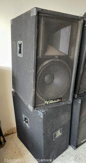 (2) Electro-Voice Eliminator i Speakers