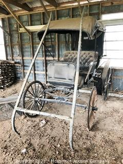Horse Drawn Double Seat Buggy with Top and with Single Tree Setup