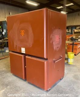 Heavy Duty Job Box with Overhead Light