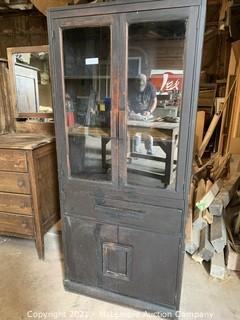 Heart Pine China/Kitchen Cabinet