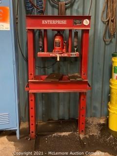 30 Ton Capacity Shop Press by ENTERPRISE