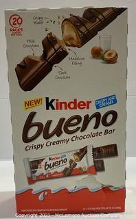 Kinder 20-Count Bueno Crispy Creamy Chocolate Bars - NEW (open box)
