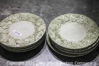 "Williams Sonoma Grape Theme Relief Dinner Plates 11.5"""