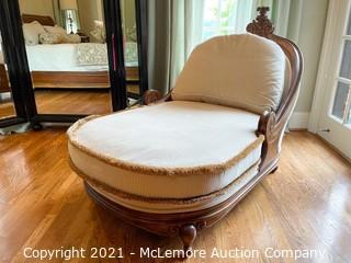 Vintage Lounge by Lauren Brooks