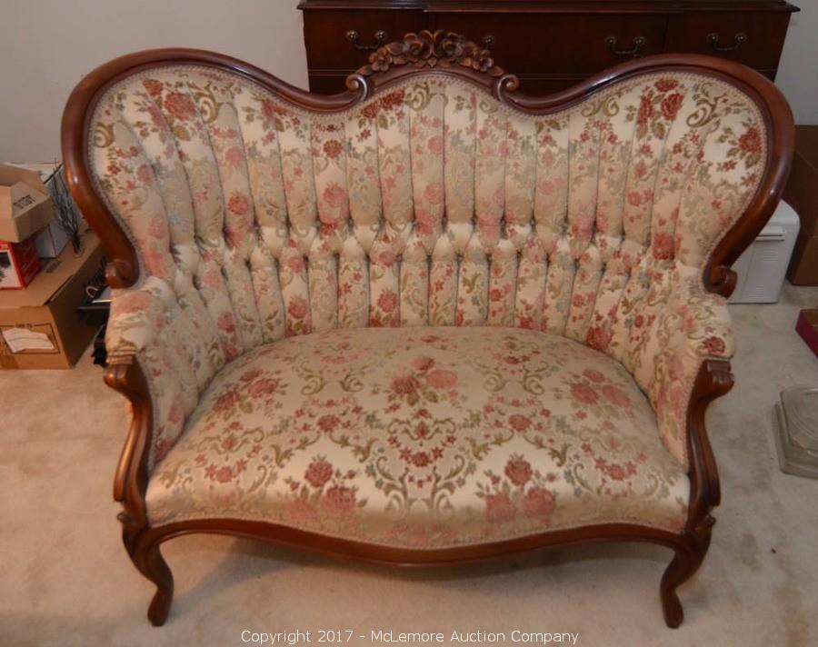 Antique Queen Anne Camel Back Parlor Sofa. U2039u203a