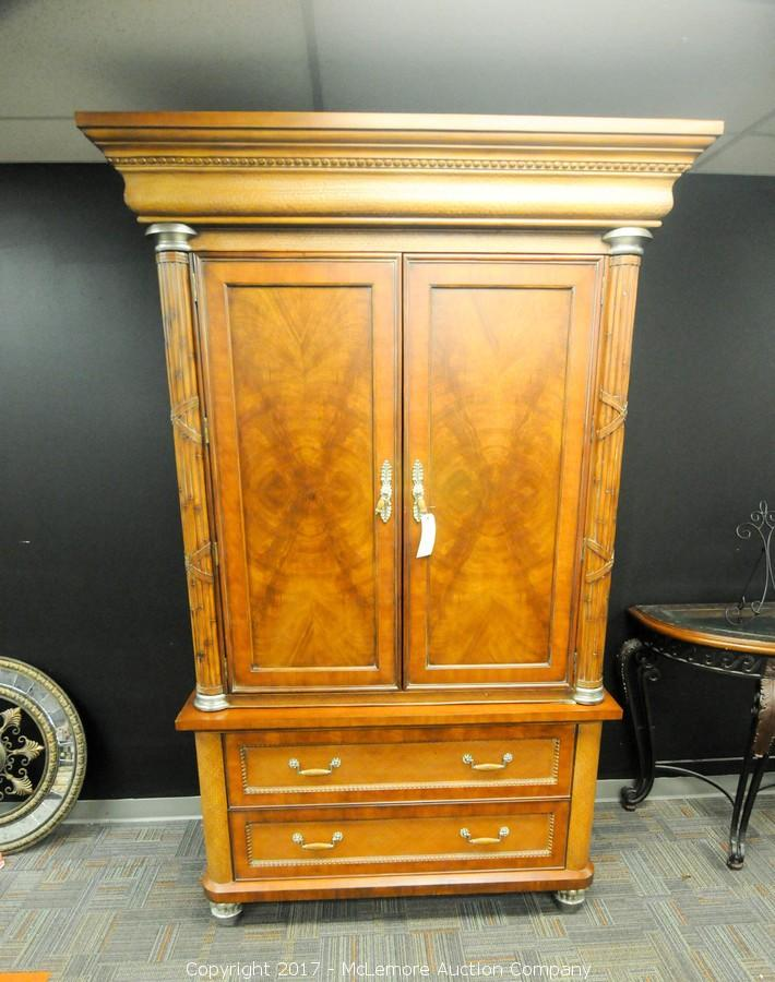 Armoire  Thomasville 2 Piece Ernest Hemingway Collection. U2039u203a