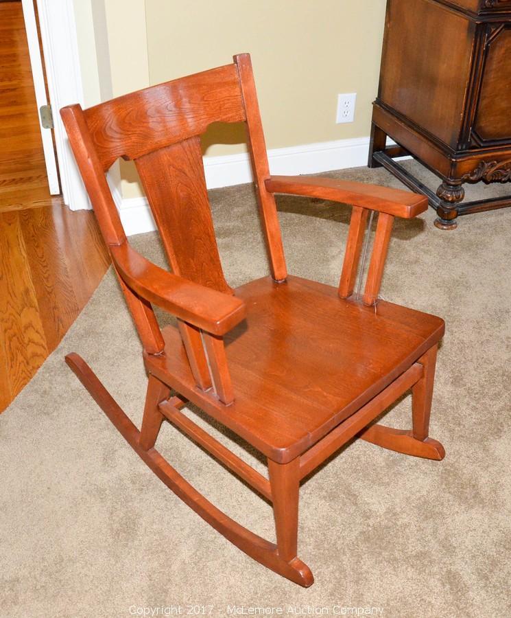 Solid Wood Rocking Chair. U2039u203a