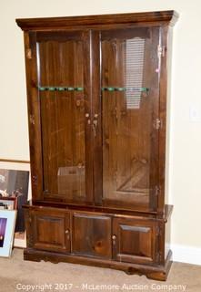 Solid Wood Gun Display Cabinet