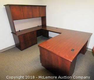 U Shaped Executive Desk with 5 Drawers and Hutch