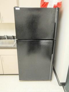 GE Profile Refrigerator Freezer with Ice Maker