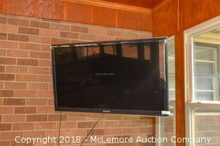 """Samsung 46"""" LED TV with Wall Mount"""