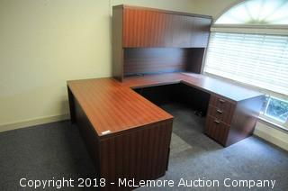 U Shaped Executive Desk with Upper Cabinet with Keys