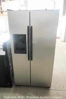 GE Side by Side Refrigerator Freezer