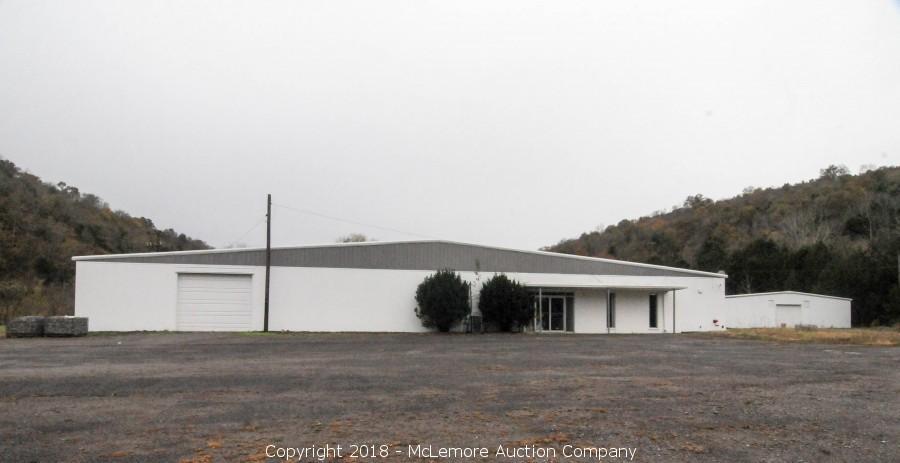 39,120± sf Industrial Warehouse on 5.0± Acres in Dowelltown, TN