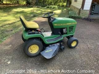 John Deere STX 38 Lawn Tractor