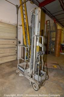 Genie 30FT Personnel Lift