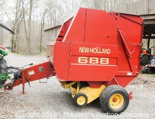 New Holland 688 Round Baler