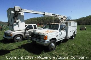 1990 Ford F-450 SD with a 7.3L V8 Diesel Engine and Telsta Man Bucket