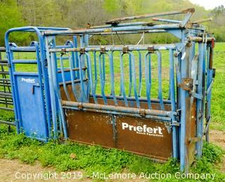 Priefert Squeeze Cattle Shute Model S01