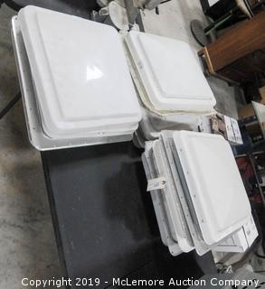 5 RV/Trailer Roof Vents Skylights