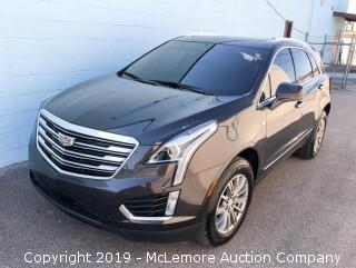 2017 Cadillac XT5 Luxury Trim Package with a 3.6L V6 DOHC 24V Engine