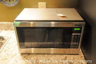 Panasonic Microwave 1200Watts