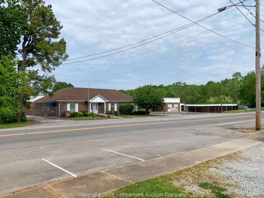 Office, Warehouse, Shop, Maintenance Facility and Storage Sheds on 2.49± Acres in Waverly, TN