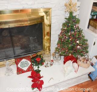 Assortment of Holiday Themed Home Decor Elements