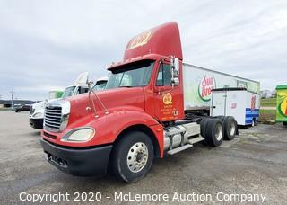 2005 Freightliner Columbia Day Cab Truck