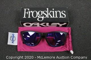 Oakley Frogskins - Matte Black/Violet Iridium
