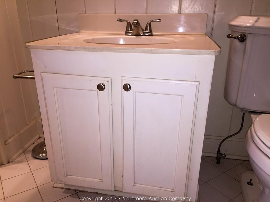 Awesome Mclemore Auction Company Auction Appliances Furnishings Interior Design Ideas Helimdqseriescom