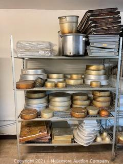 Rack with Assorted Baking/Kitchen Pans